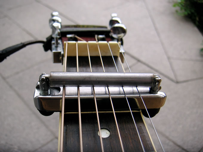Martin Gross capo for Dobro/Weissenborn (or any lap steel) 116